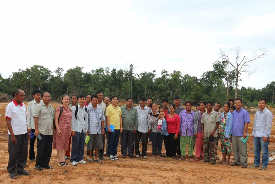Field visiting affected communities in Koh Kong province001