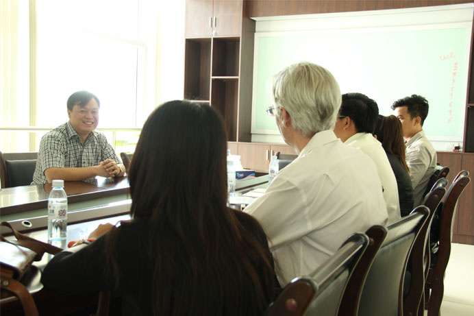 NGOs and Sinohydrop meeting on Kamchhay Dam bottom