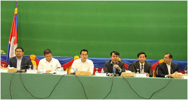 3.Council of Ministry Opens Dialogue with over 70 Local and International NGOs to Update on Cambodian Situation