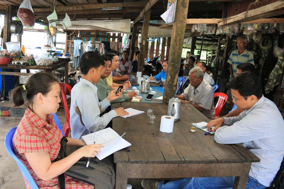 Field visiting affected communities in Koh Kong province002